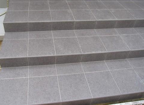 タイル階段