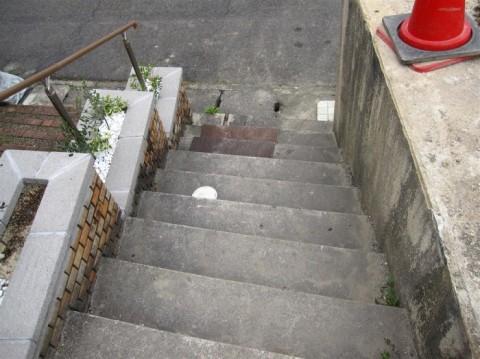 国分N邸 階段上からー施工前