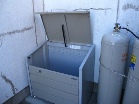 ゴミ箱完成設置 (2)